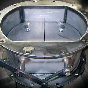 Double-blade valves