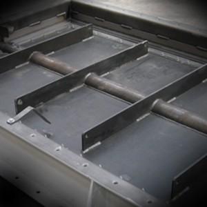 Single-blade valves